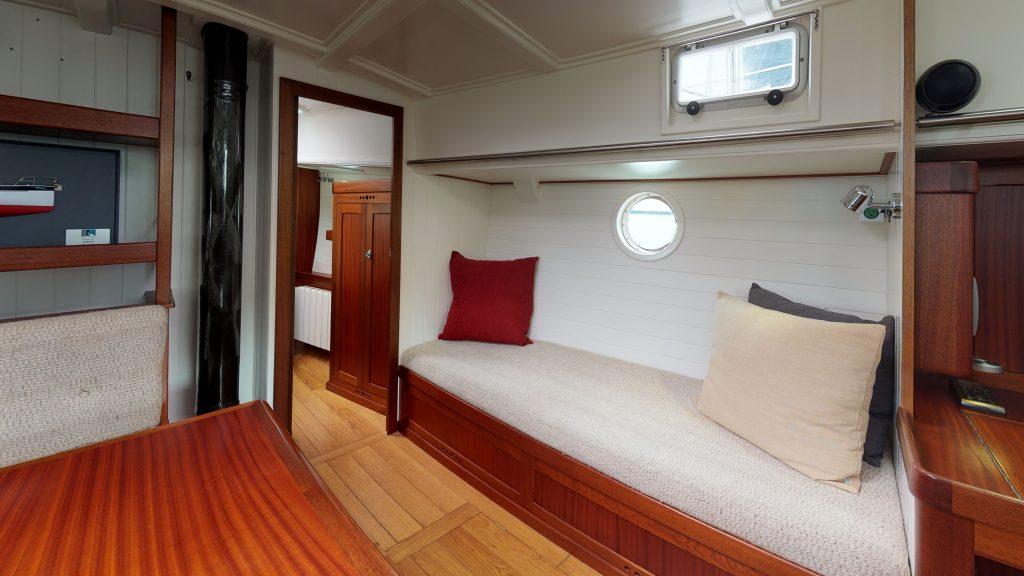 2011-Bestevaer-45st-Africa-offered-at-499000-Bedroom(1)
