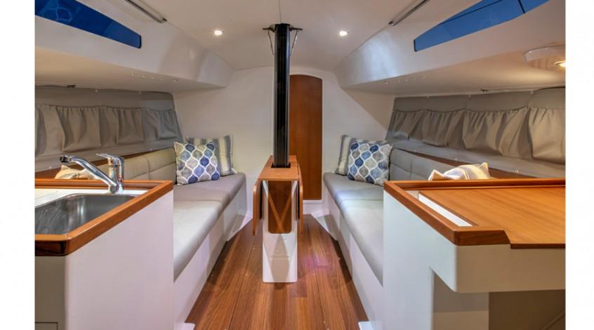 J99_interior-383574-913-470-100-c