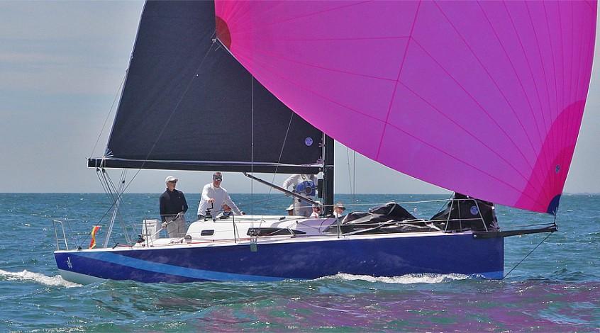 J99_pinkchute2-383561-913-470-100-c